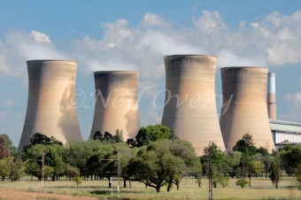 The Eskom Komati Coal Power Station (Completed in 1966: Installed capacity: 1 000MW), nr Middelburg, Mpumalanga, South Africa